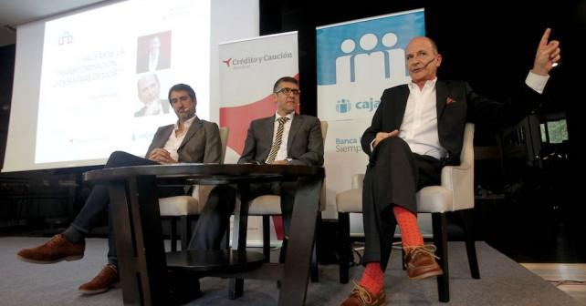 Carlos Rodríguez Braun y Jesús Vega debatiendo